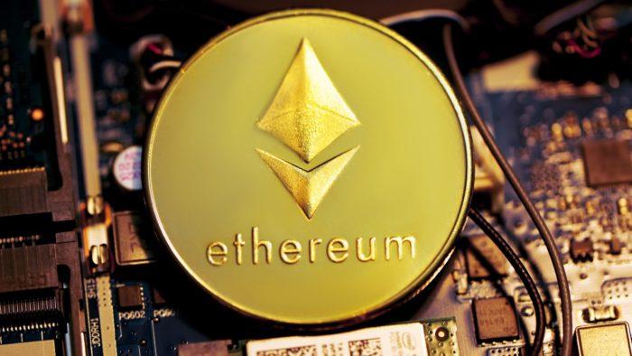 Ether é a segunda maior criptomoeda em valor de mercado (Imagem: Executium/ Unsplash)