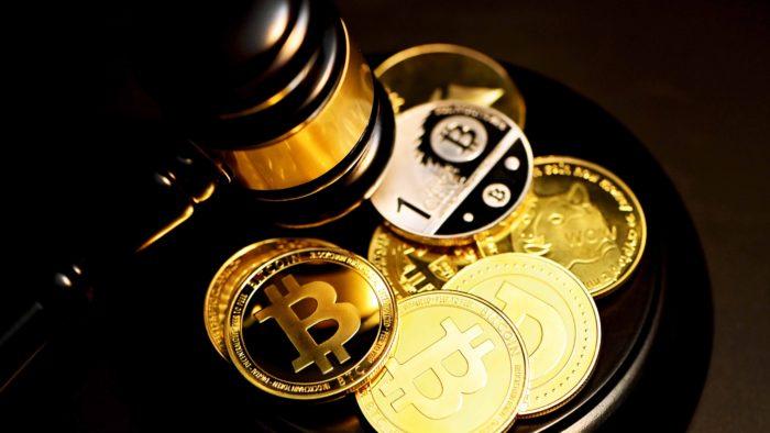 Justiça suecadevolve 33 bitcoins a traficante de drogas (Imagem: Executium/ Unsplash)