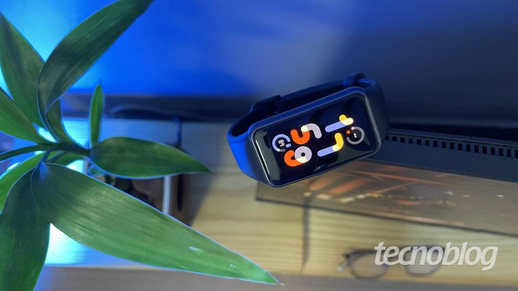 Huawei Band 6 (Imagem: Darlan Helder/Tecnoblog)