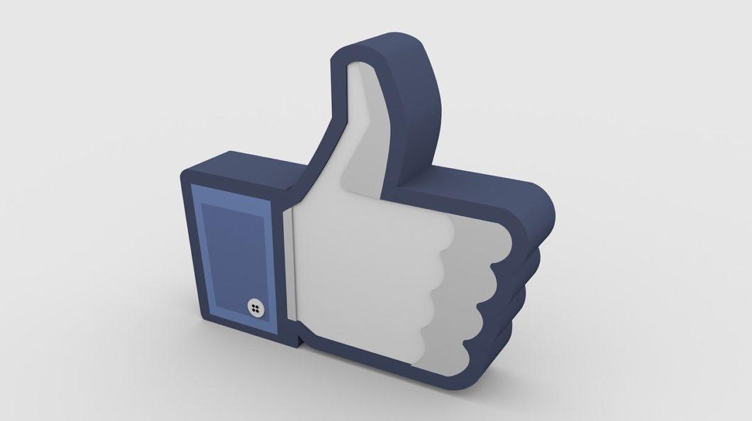 Mostrar ou não o número de curtidas no Facebook: eis a questão (Imagem: Mizter_X94/Pixabay)