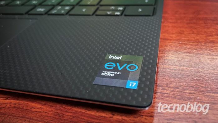 Notebook com chip Intel Core i7 (imagem: Emerson Alecrim/Tecnoblog)