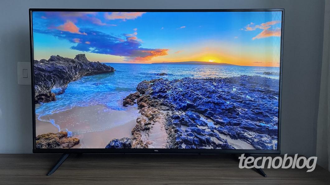 TV 4K TCL P615 (Imagem: Darlan Helder/Tecnoblog)