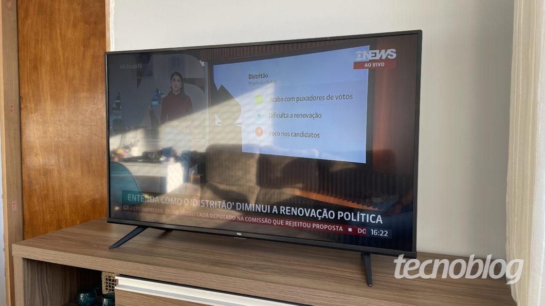 4K TCL P615 TV (Image: Darlan Helder/Tecnoblog)