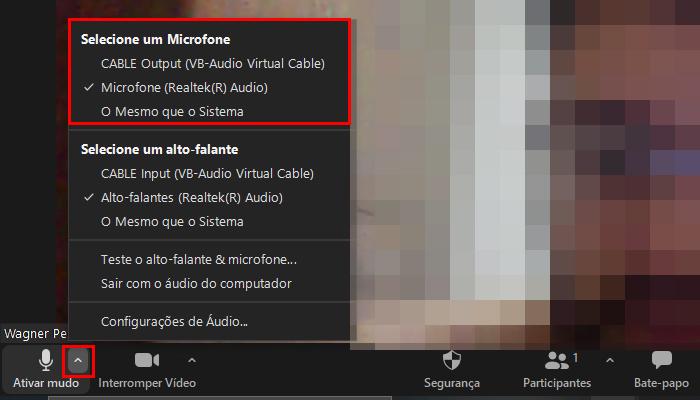 Processo para mudar a câmera e microfone do Zoom Meetings durante a reunião (Imagem: Reprodução/Zoom Meetings)