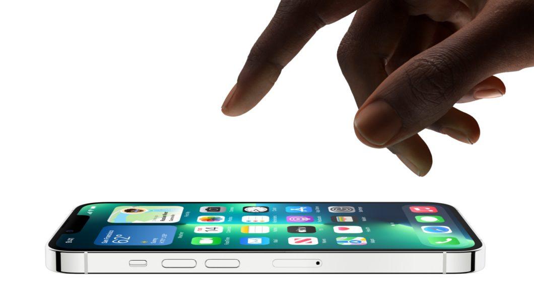iPhone 13 Pro e Pro Max têm tela ProMotion de até 120 Hz (Imagem: Divulgação / Apple)