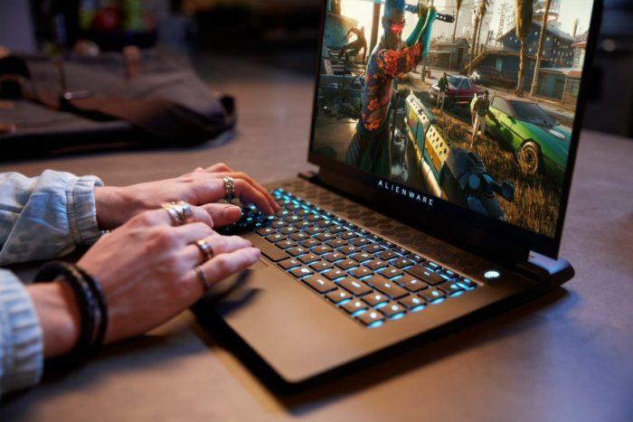 Notebook gamer Alienware M15 (imagem: divulgação/Dell)