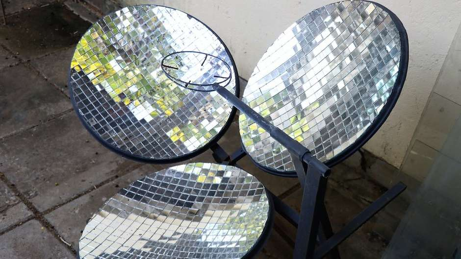 solar cooker with mirrors