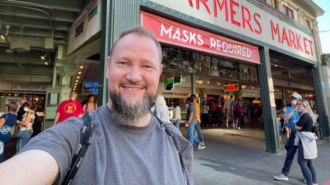 John Gibson, da distribuidora de Maneater, foi criticado por seus pares (Imagem: Reprodução/Twitter)