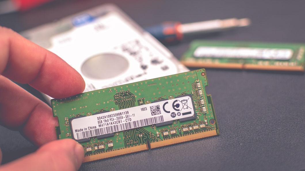 Há diferenças entre a memória RAM física e virtual (Imagem: Heliberto Arias/Unsplash)