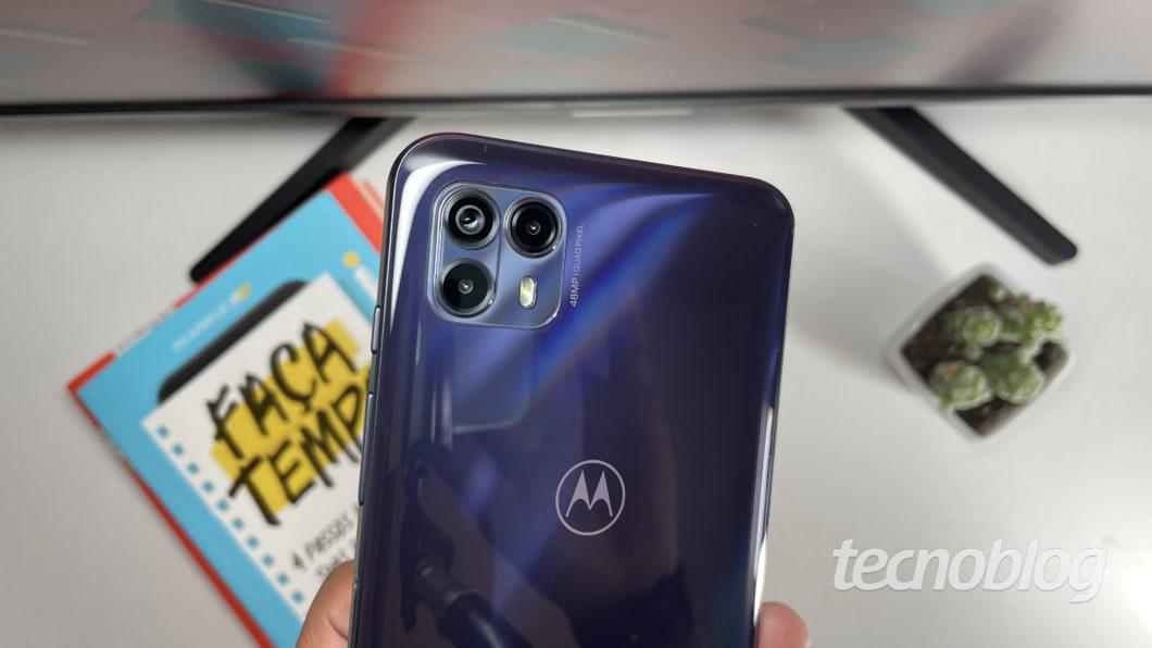 Motorola Moto G50 5G (Imagem: Darlan Helder/Tecnoblog)
