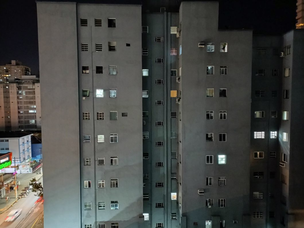 Foto tirada com a câmera principal do Realme 8 5G + modo Noite (Imagem: Darlan Helder/Tecnoblog)