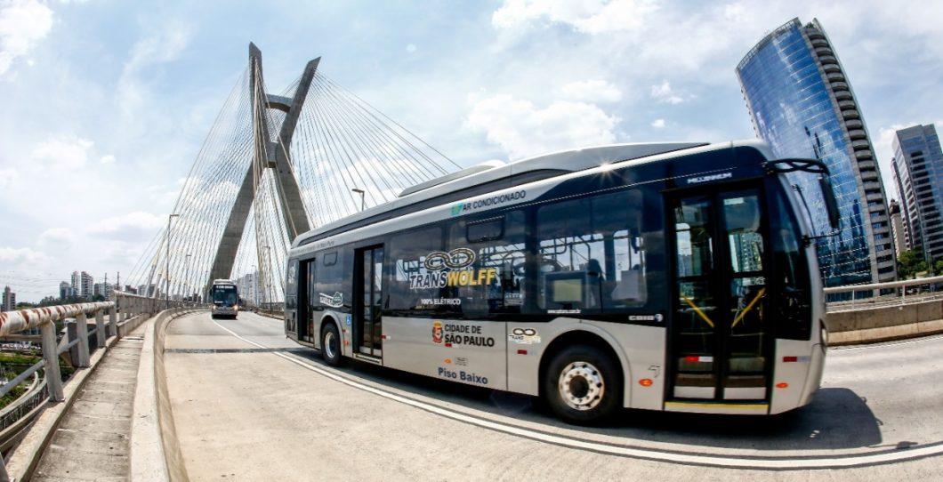 Um dos 18 ônibus elétricos operados pela Transwolff (imagem: divulgação/Transwolff)